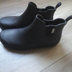 Tretorn men's black chelsea rain boots